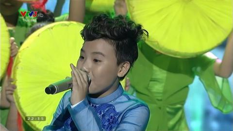 Làng Quan Họ Quê Tôi - Nguyễn Công QUốc (Liveshow 2 Giọng Hát Việt Nhí 2015)