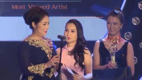 Ca Sĩ Cẫm Ly nhận Giải POPS Awards 2015